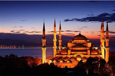 Top 10 Movies in Istanbul