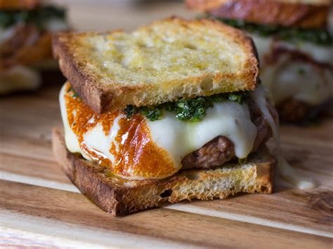 The Asado Burger: All the Flavors of the Argentine Grill