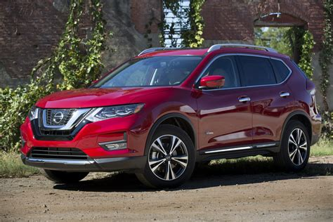 2017 Nissan Rogue Hybrid Now Available to Order, Priced