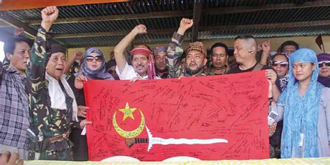 MNLF storms Zamboanga City, leaves 6 dead | Inquirer News