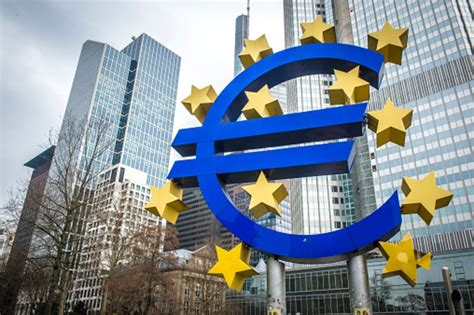 Don't Sell the Euro Short