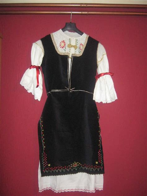 Serbian folk costumes and traditional clothing